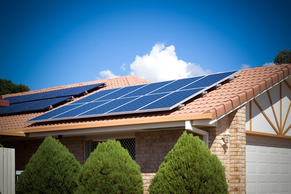 Comment fonctionnent les panneaux solaires thermiques ?