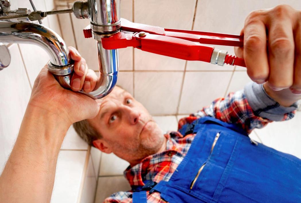 Urgence plombier : Conseils pour éviter les arnaques
