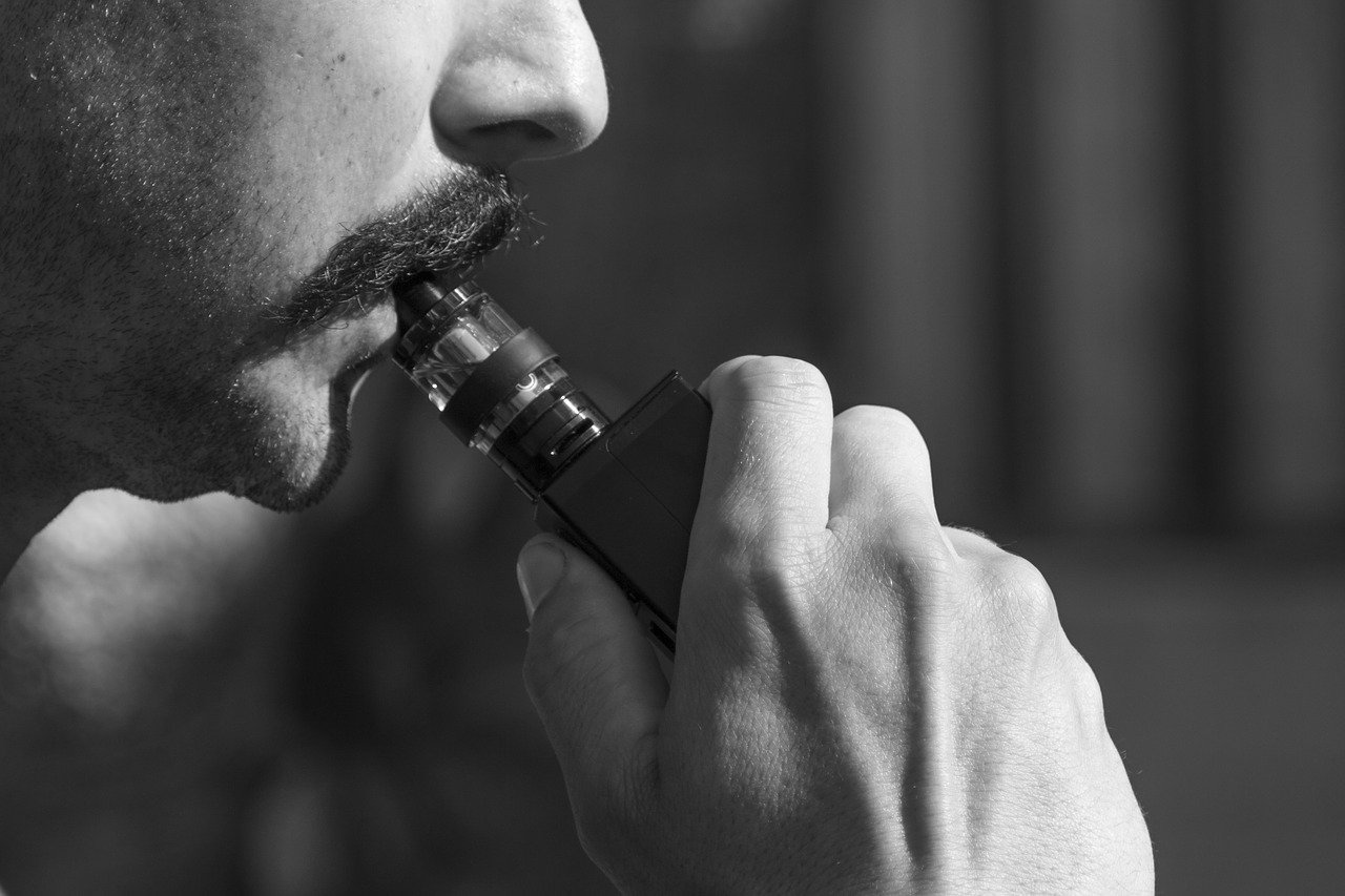 Comment préparer des e-liquides DIY sans risques ?